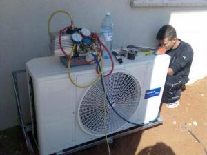 Ремонт, чистка, заправка фреонов кондиционеров в Симферополе