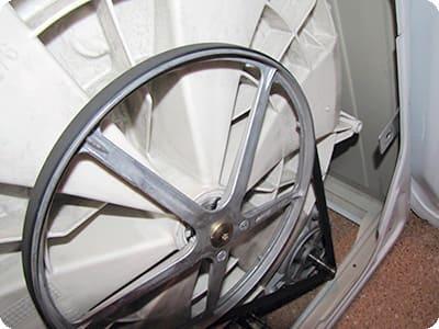 Стиральная машина крутит барабан - причины поломки, ремонт в Севастополе