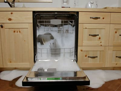 Посудомойка течет, протекает - причины поломки, ремонт в Симферополе